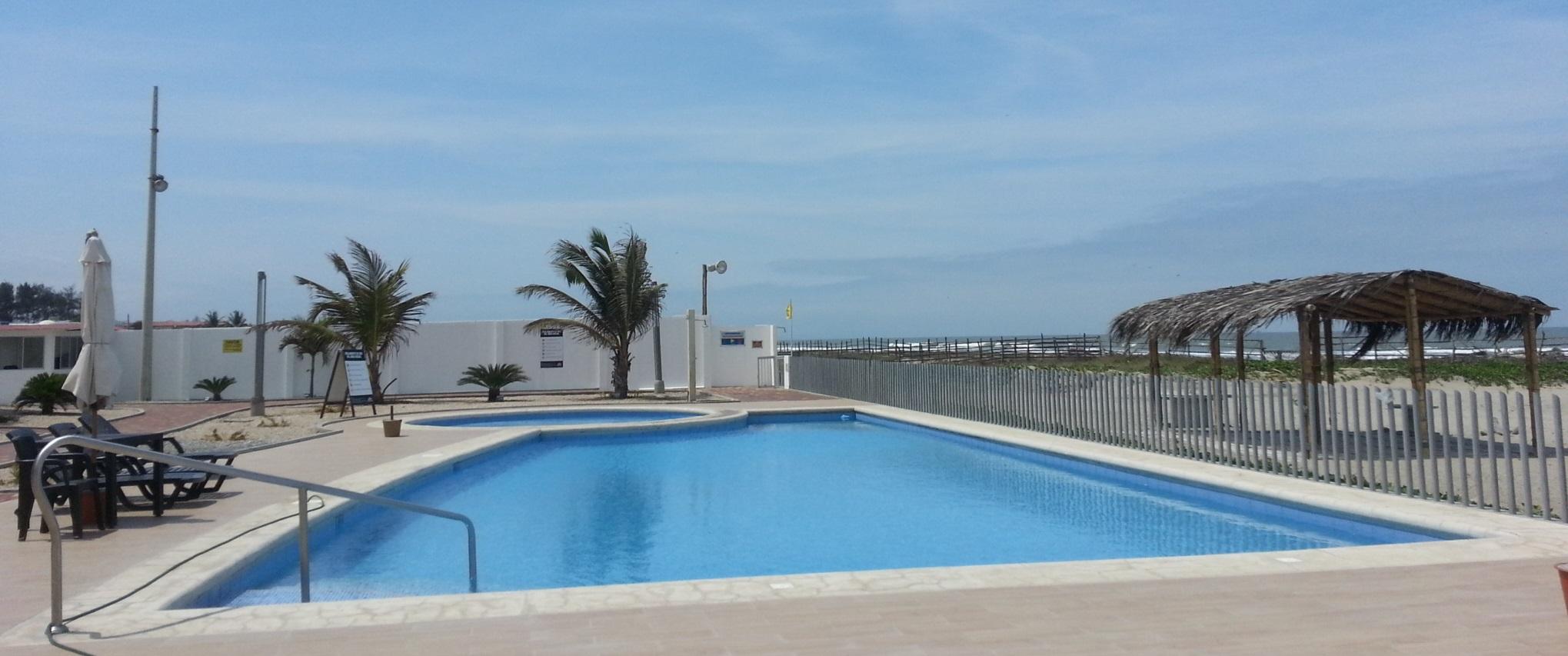 Playas villamil alquiler de hermosa casa vacacional for Alquiler piscina