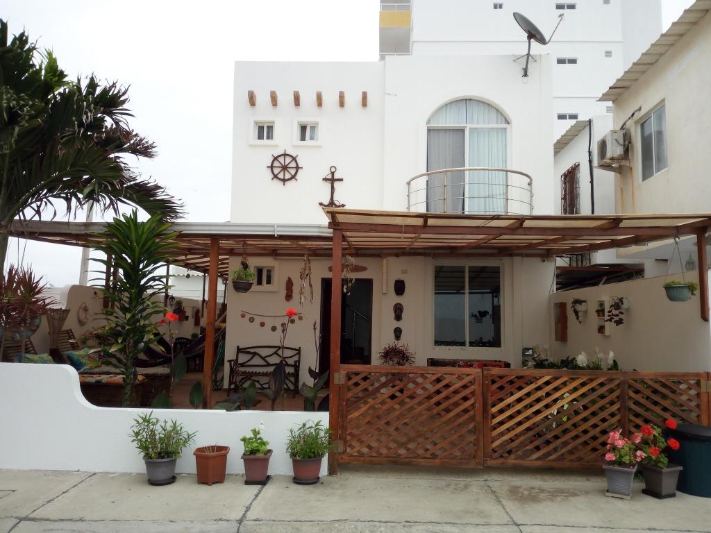 Playas villamil alquiler de hermosa casa vacacional for Alquiler casa en umbrete sevilla